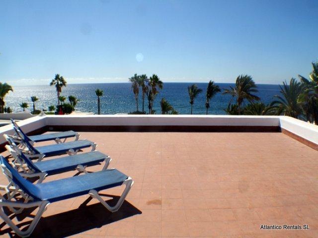 Luxury frontline 1 Bedroom apartment on 1st Floor of the Los Acros Complex Puerto del Carmen Lanzarote